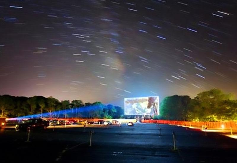 奥斯卡汽车影院漫天繁星的样子